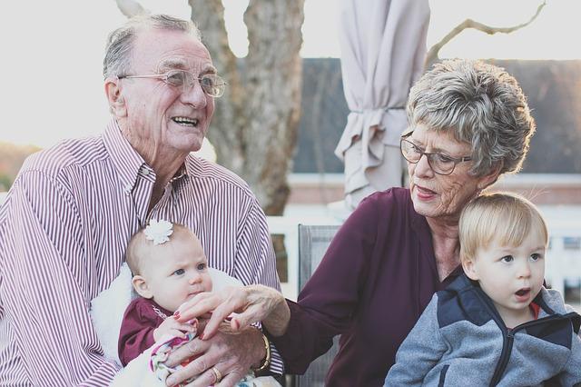 מודל חיסכון תלוי גיל