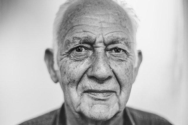 ביטוח בריאות לקשישים